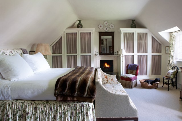 Make The Most Of Your Attic Drapestyle