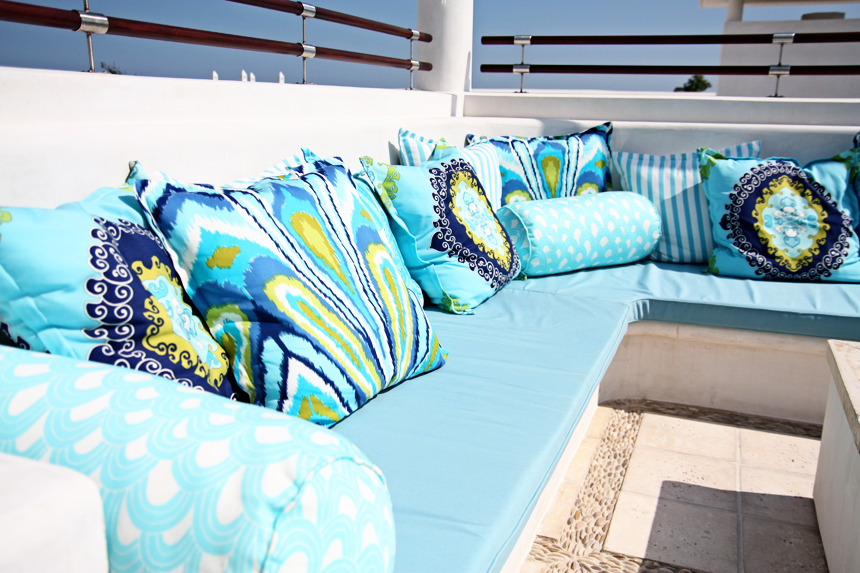 trina-turk-outdoor-pillows