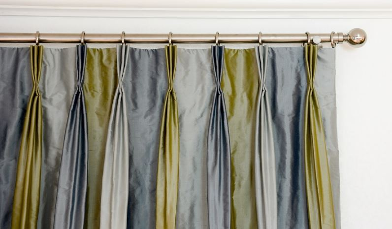 Striped Silk Veranda 3, French pleat, Stainless Steel Hardware