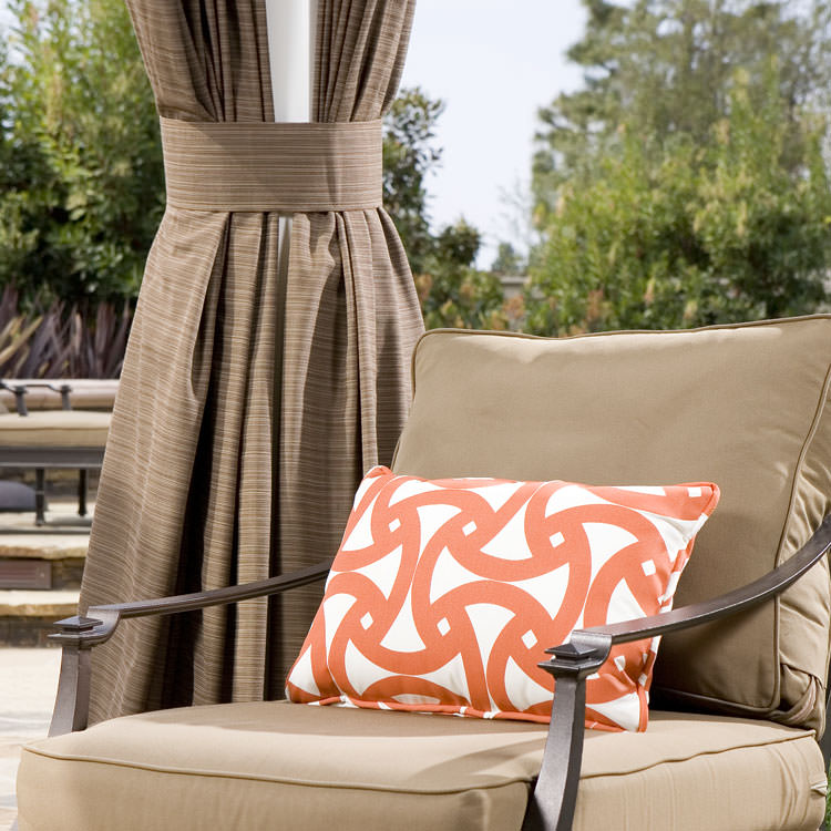 Transform Your Outdoor Space with Custom Drapery and Pillows by DrapeStyle